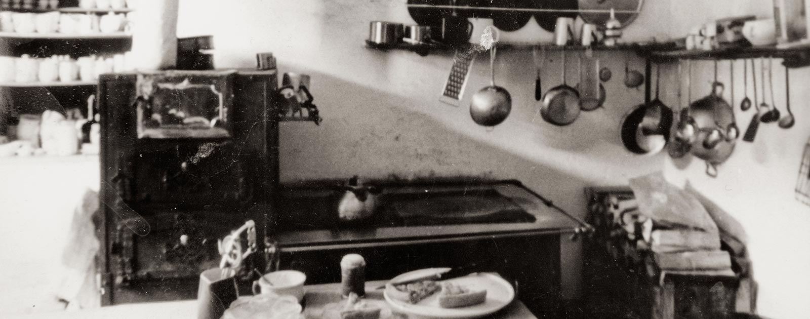 black and white photo of the kitchen of the Briol hotel in Barbiano
